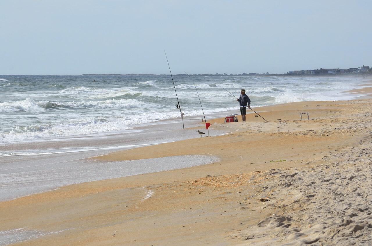 surf-fishing-1600712_1280